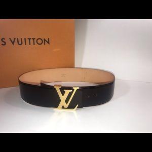 Authentic Louis Vuitton oversized vernis belt 85